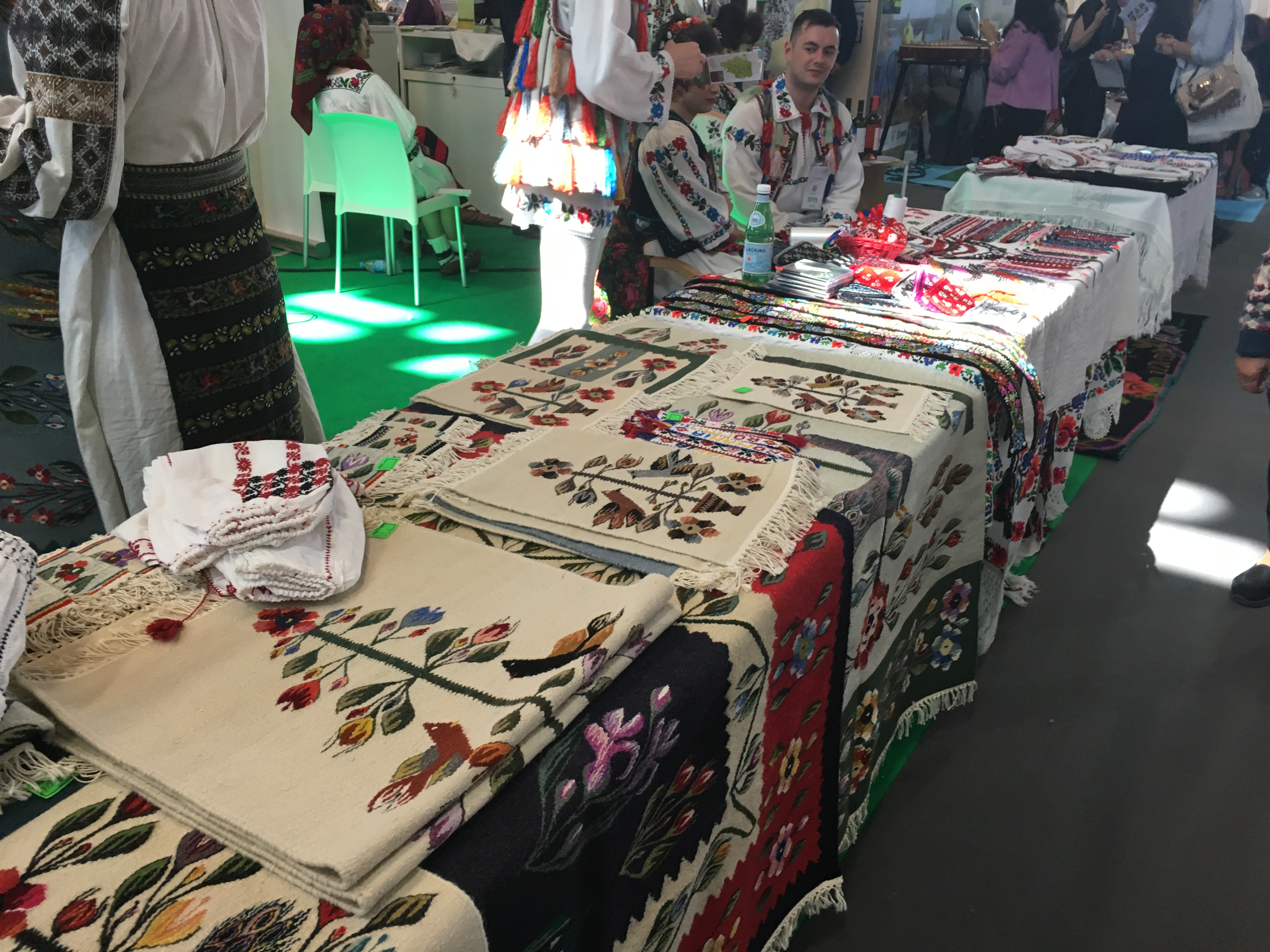 Stand Roumanie MAP 2017 artisanat 1